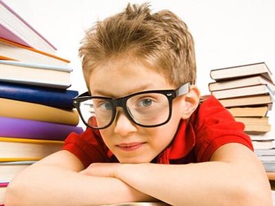 Прогрессирующая миопия у детей: лечение близорукости